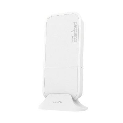 wAP R ac Small weatherproof Dual Band 2.4 / 5 GHz wireless access point with LTE antennas and miniPCI-e slot